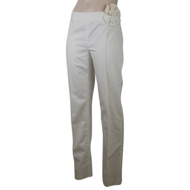 NWT VALENTINO WHITE COTTON BLEND PANTS WITH ROSETTE ON HIP, SIZE 6, $1080