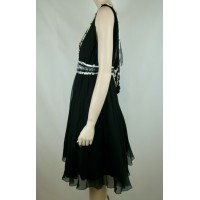 NWT CHANEL RUNWAY BLACK WHITE SILK COCKTAIL DRESS BEADED CAMELLIA, 42/12 $10,955